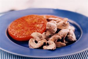 Minty Mushroom on Tomato Slices