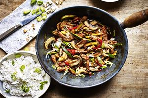 Mushrooms and Beef Stir-fry in Oyster Sauce